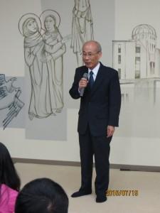 2015年7月19日。ホームステイの開始に伴い、中村校長よりご挨拶を頂きました。
