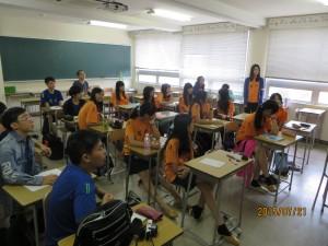 2時間目は英語教室に移動しました。