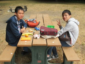 昼食も公園でそれぞれ楽しく過ごしました。広々とした公園でのびのびと過ごす。日本ではなかなか無いかも知れません。