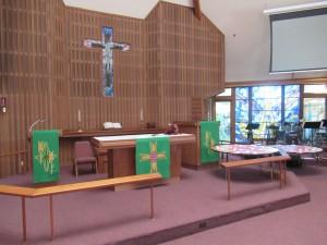 修了式は夕食会とは別の聖堂にて執り行われました。