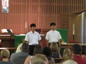 日本とアメリカの違いに戸惑うことも多くありましたが、多様性や受け止めてくださる大きな広い心に私たちはとても救われた気がします。代表の生徒2名がスピーチで感謝を伝えました。