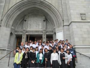 一路、サンフランシスコに向かいました。聖ドミニコ教会は石造りの古い佇まいの教会です。