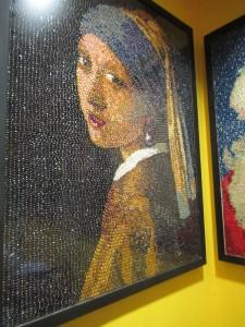 ヨハネス・フェルメール「真珠の耳飾りの少女」もJelly Bellyで造られていました。